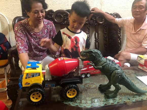 Chí Nhân tổ chức sinh nhật 4 tuổi cho con trai, vợ cũ Thu Quỳnh vắng mặt - Hình 5