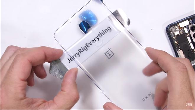 Chiêm ngưỡng OnePlus 7 Pro với mặt lưng trong suốt cực chất - Hình 8