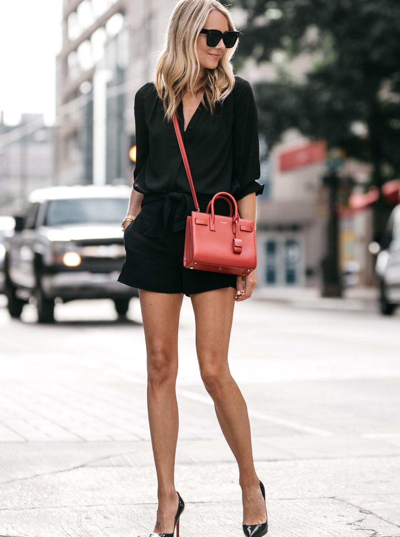 Diện trang phục màu đen sao cho mát mẻ và không nhàm chán? - Hình 3