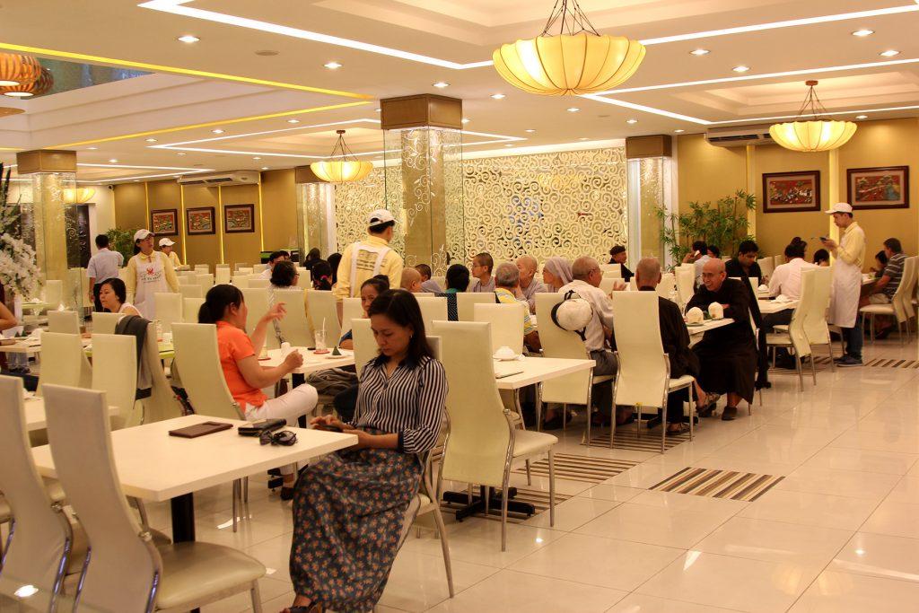 Khám phá 9 phong cách chay khác nhau tại 9 nhà hàng ở TPHCM - Hình 3
