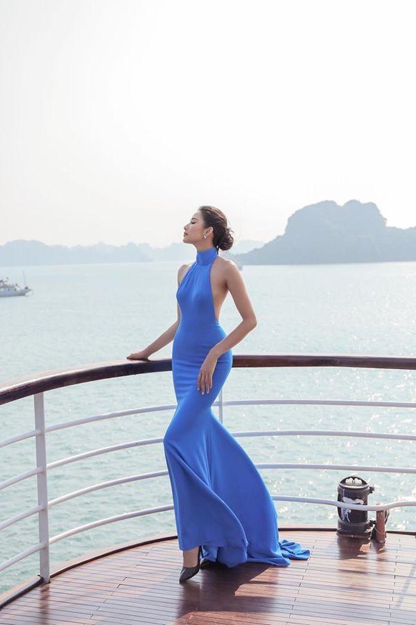 Mặc váy hở khoe trọn rãnh lưng đẹp xuất sắc, Hoàng Thùy khiến fan loạn nhịp tim - Hình 3