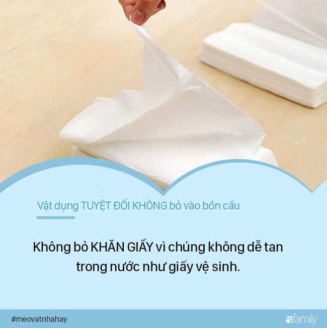 Mẹo vặt: 8 thứ tuyệt đối không được vứt vào bồn cầu vì cực kỳ nguy hiểm, nếu ngoan cố có ngày nhà sẽ ngập nước thải - Hình 1