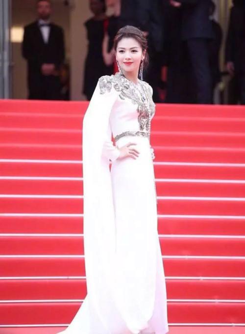 Ngắm dàn mỹ nhân châu Á thống trị thảm đỏ LHP Cannes 2019 - Hình 8
