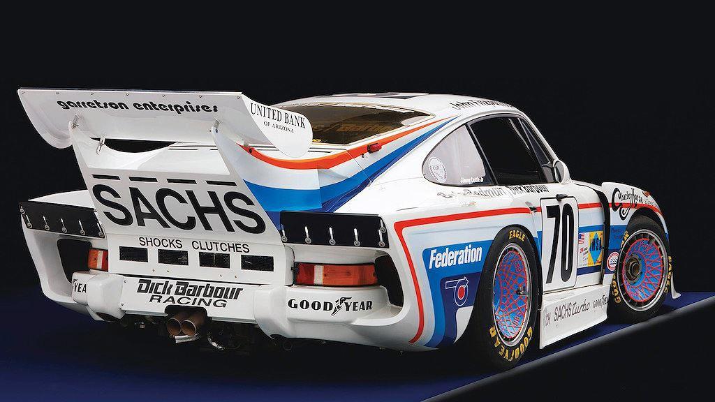 Porsche vinh danh lịch sử xe đua bằng tem đấu trên 935 Clubsport - Hình 17