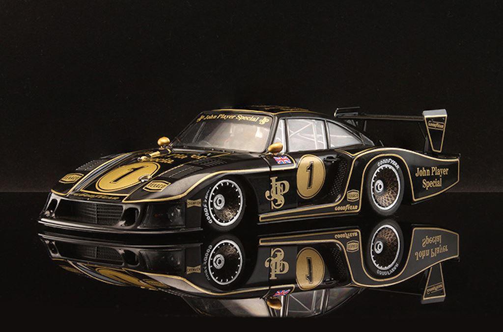 Porsche vinh danh lịch sử xe đua bằng tem đấu trên 935 Clubsport - Hình 14