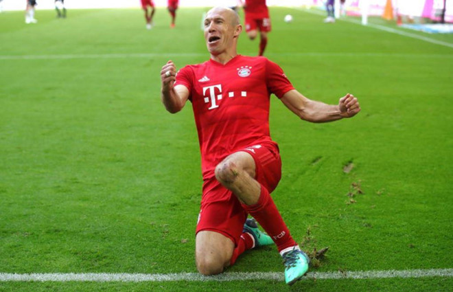 Robben và Ribery khóc trong lần cuối khoác áo Bayern Munich - Hình 9