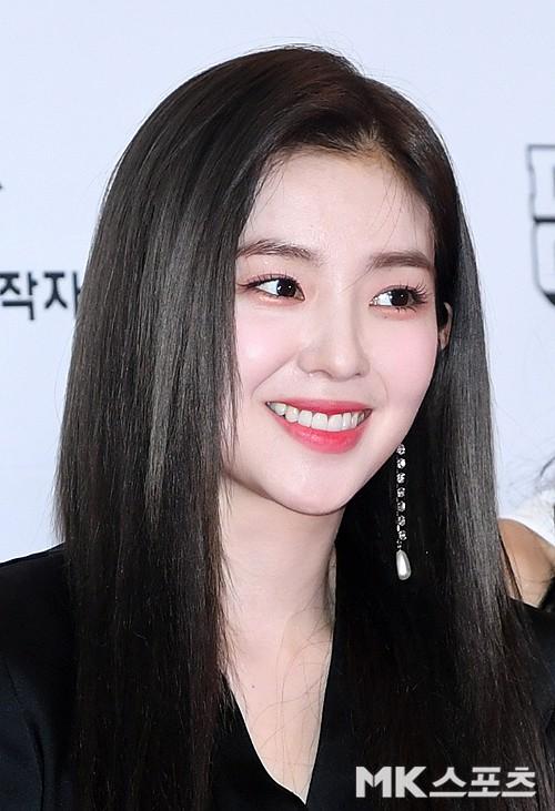 Thảm đỏ Dream Concert 2019: Park Bom lên cân nhưng vẫn chiếm spotlight của Red Velvet và cả dàn nữ thần Kpop - Hình 5