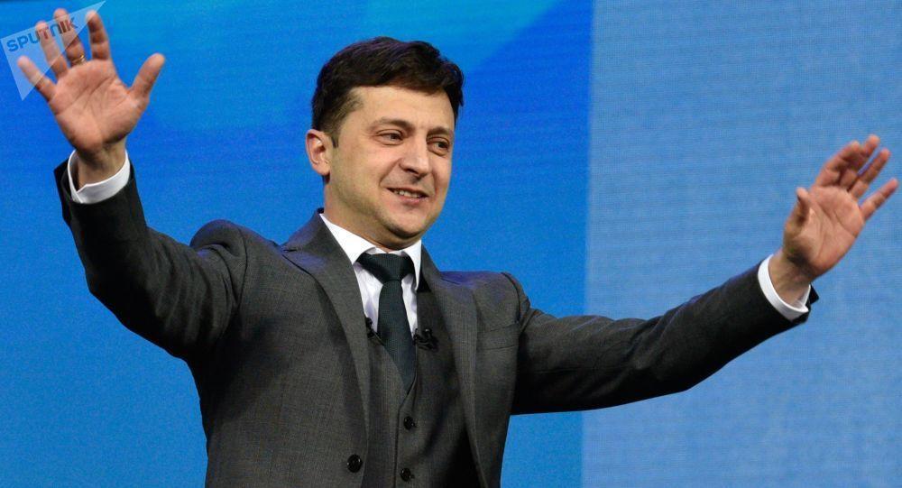 Tổng thống đắc cử Zelensky tuyên bố Ukraine sẽ giành lại Crimea - Hình 1