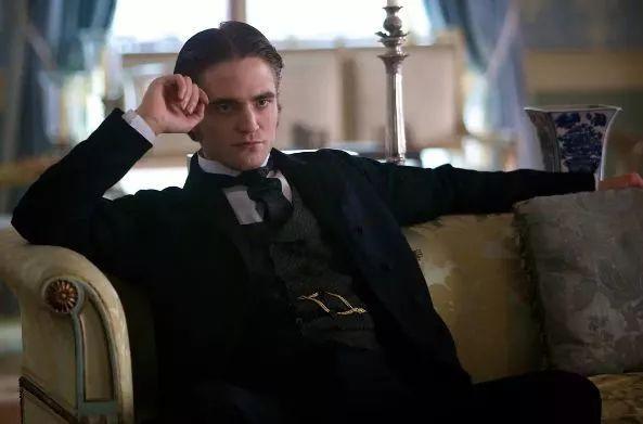 Từ Ma Cà Rồng đến Người Dơi, Robert Pattinson đã dùng 11 năm để phản công bạn gái cũ - Hình 10
