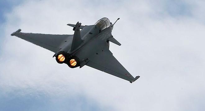 7 máy bay chiến đấu của Pháp hạ cánh khẩn cấp ở Indonesia - Hình 1