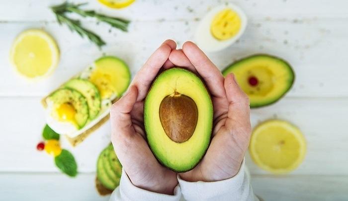 Bước qua tuổi dậy thì mà vòng 1 không phát triển, đừng lo, chỉ cần nạp những loại vitamin này là đủ - Hình 1