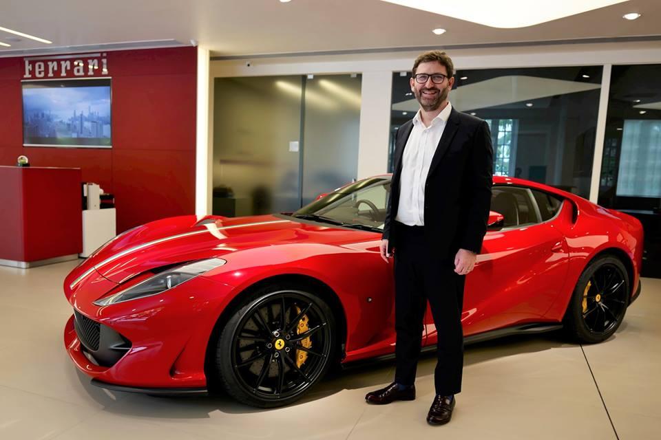 Đại gia Hồng Kông chịu chơi khi mua Ferrari 812 Superfast theo phiên bản Tailor Made, giá 21 tỷ đồng - Hình 12