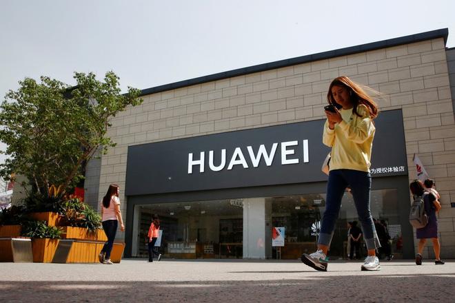 Google xác nhận cửa Play Store vẫn hoạt động đối với thiết bị Huawei hiện có - Hình 1