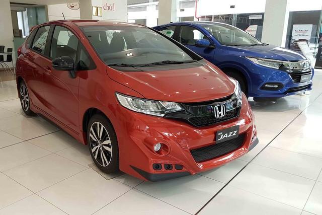 Honda Jazz đang được giảm giá nhiều nhất từ trước đến nay tại đại lý - Hình 2
