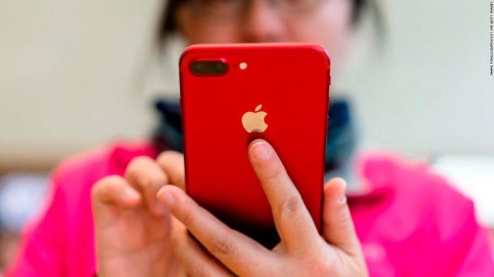 Người tiêu dùng Trung Quốc kêu gọi tẩy chay Apple, đáp trả chiến tranh thương mại - Hình 1