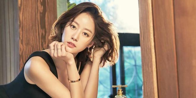 Nhan sắc, sự nghiệp Lee Hyori và các nữ thần Kpop đầu tiên giờ ra sao? - Hình 10