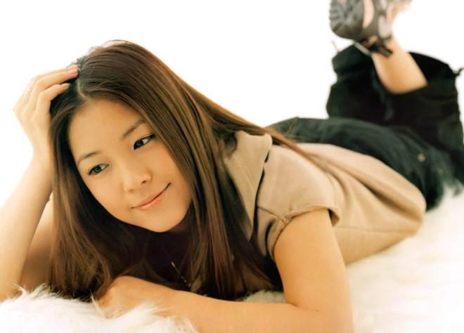 Nhan sắc, sự nghiệp Lee Hyori và các nữ thần Kpop đầu tiên giờ ra sao? - Hình 15