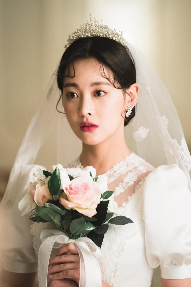 Nhan sắc, sự nghiệp Lee Hyori và các nữ thần Kpop đầu tiên giờ ra sao? - Hình 8