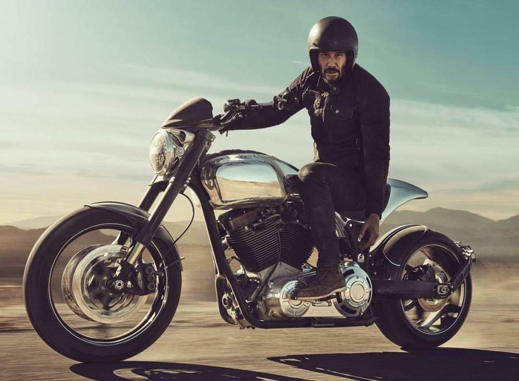 Sự thật sau clip diễn viên John Wick Keanu Reeves làm xiếc trên mô tô - Hình 4