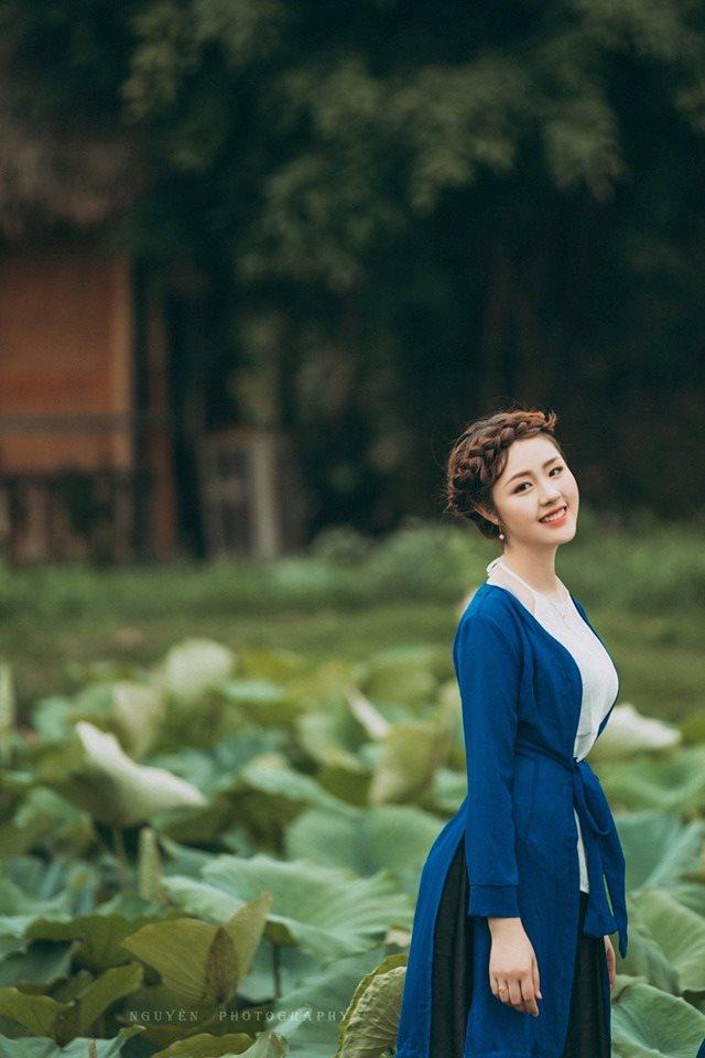 Thiếu nữ Hà thành nô nức khoe sắc cùng mùa sen nở - Hình 6