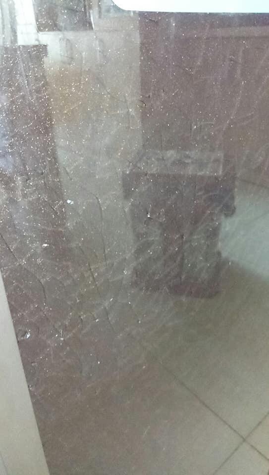 Tủ lạnh HITACHI bỗng dưng phát tiếng nổ, người tiêu dùng hoang mang - Hình 3