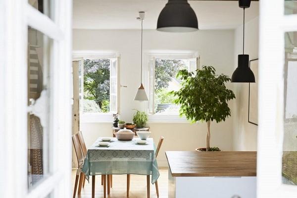 6 cách làm mát nhà tự nhiên để tiết kiệm điện mùa hè này - Hình 4