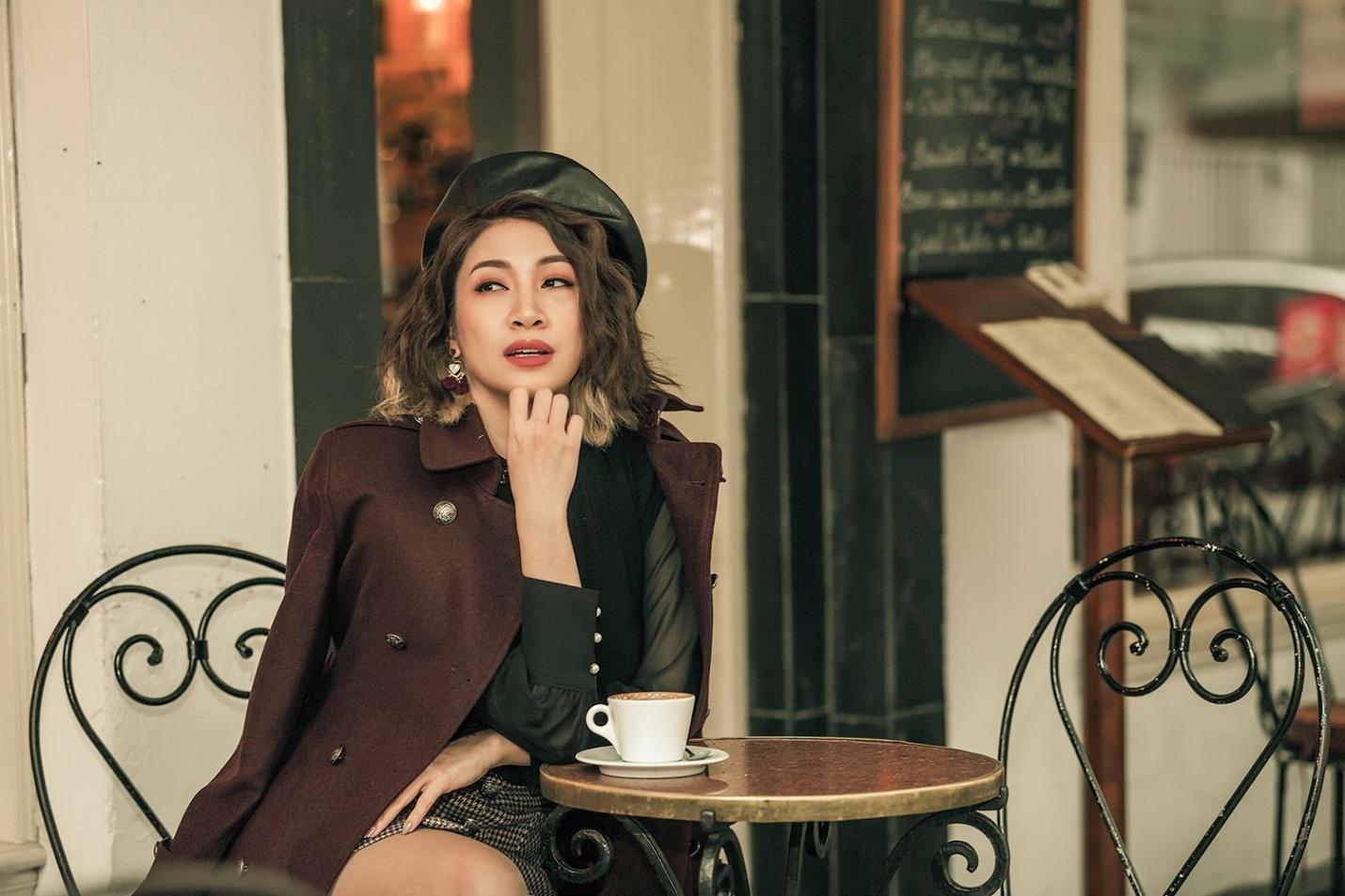 Ca sĩ Pha Lê bất ngờ lên tiếng giữa ồn ào mang đồ nhân trần của Ngọc Trinh tại thảm đỏ Cannes 2019 - Hình 6