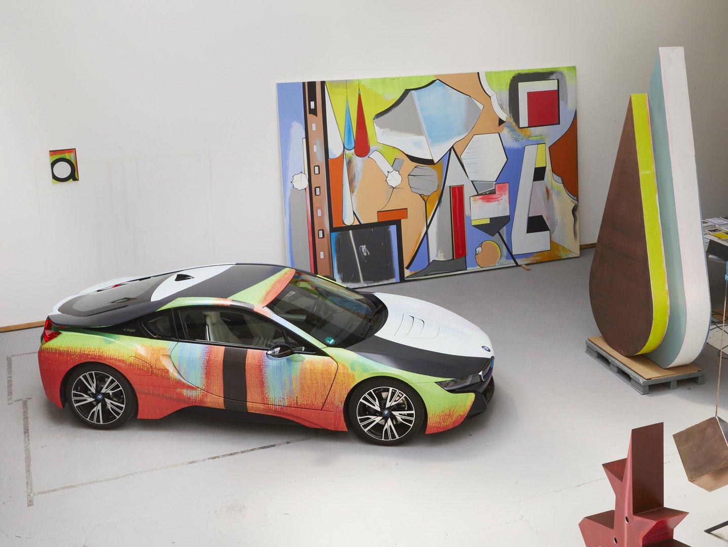 Đây là chiếc BMW i8 có nước sơn nghệ thuật độc nhất thế giới - Hình 2
