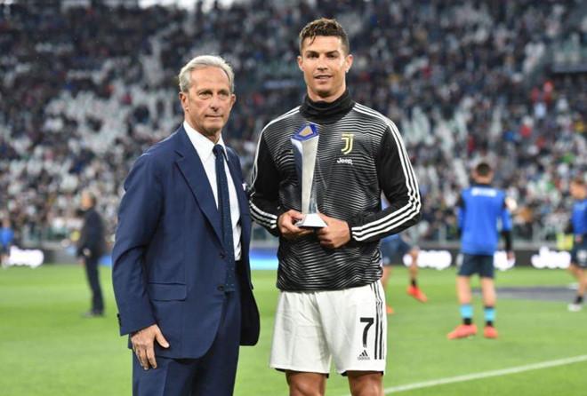 Ronaldo lập thành tích chưa từng có trong lịch sử - Hình 1