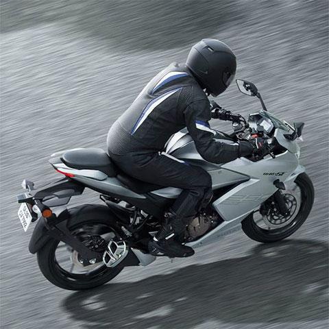 Suzuki Gixxer SF 250 ra mắt với thiết kế hầm hố, động cơ 250cc, giá hơn 55 triệu - Hình 4