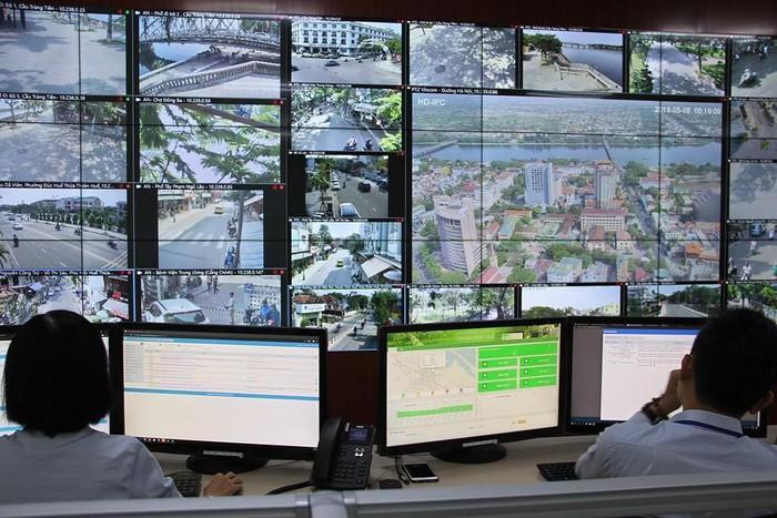 Thừa Thiên - Huế: Triển khai cảnh báo những vấn đề dân sinh qua điện thoại di động - Hình 1