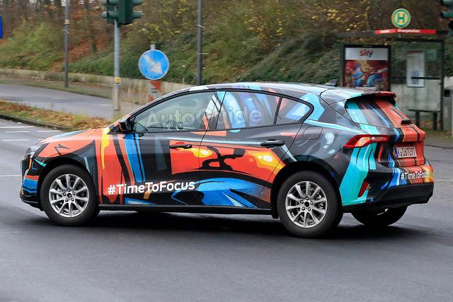 VinFast nguỵ trang xe như trang trí, còn các hãng ô tô khác thì sao? - Hình 15