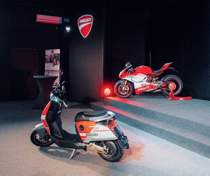Xe máy điện của Ducati ra mắt phiên bản giới hạn, giá bán hơn 77 triệu VNĐ - Hình 3
