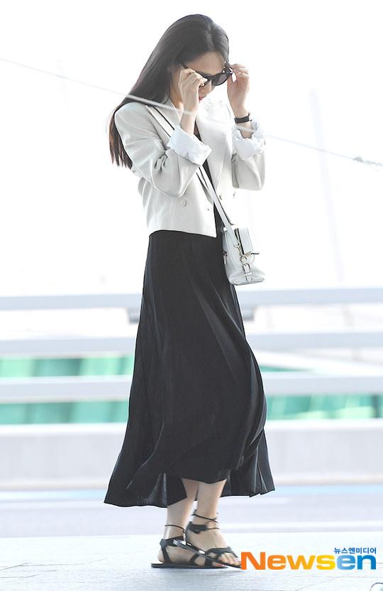 Yoon Seung Ah theo chồng và Ma Dong Seok sang Pháp dự LHP Cannes 2019 - Hình 13