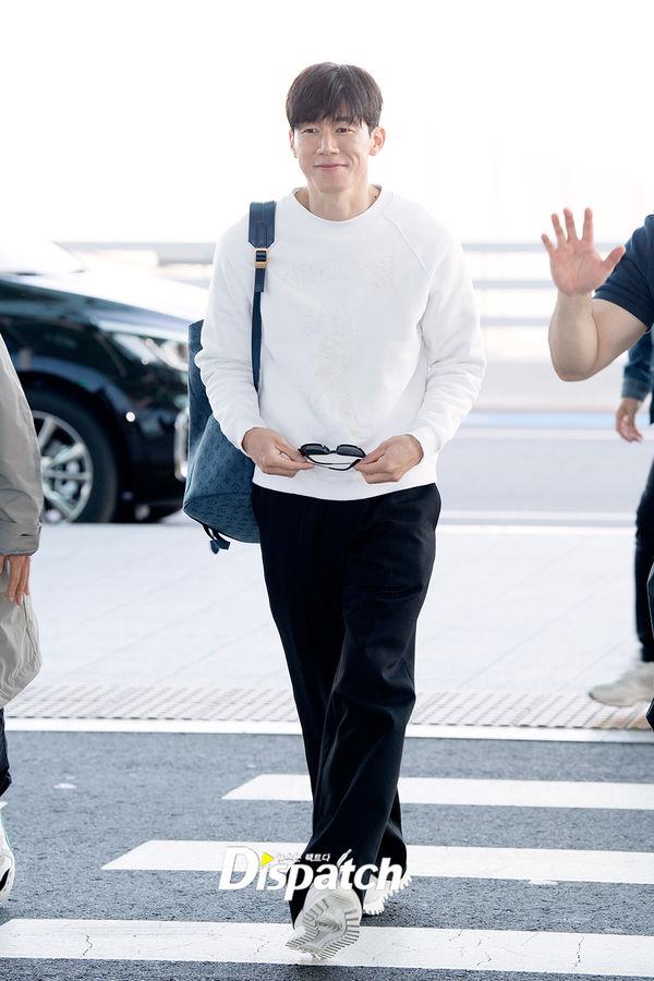 Yoon Seung Ah theo chồng và Ma Dong Seok sang Pháp dự LHP Cannes 2019 - Hình 4