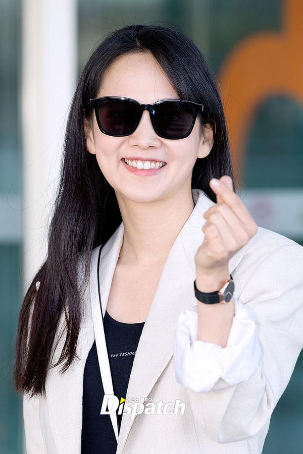 Yoon Seung Ah theo chồng và Ma Dong Seok sang Pháp dự LHP Cannes 2019 - Hình 15