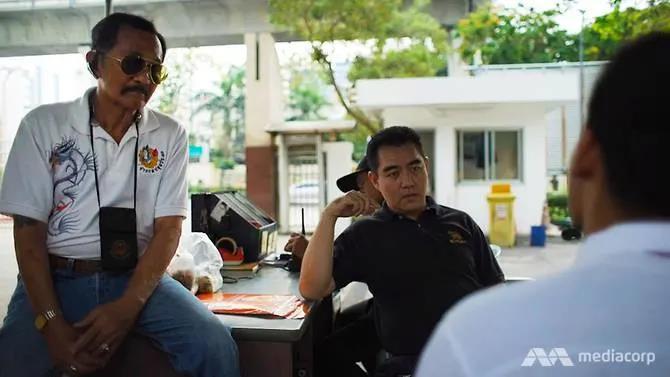 Bạo lực sinh viên náu mình cạnh thiên đường mua sắm Thái Lan - Hình 4