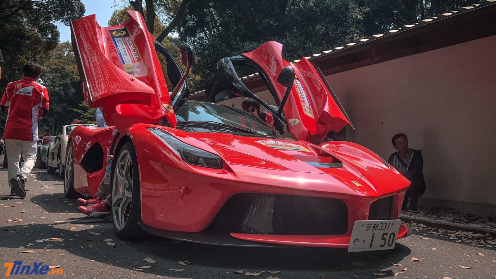 Cận cảnh 1 trong 6 chiếc Ferrari LaFerrari đang có mặt ở Nhật Bản - Hình 2