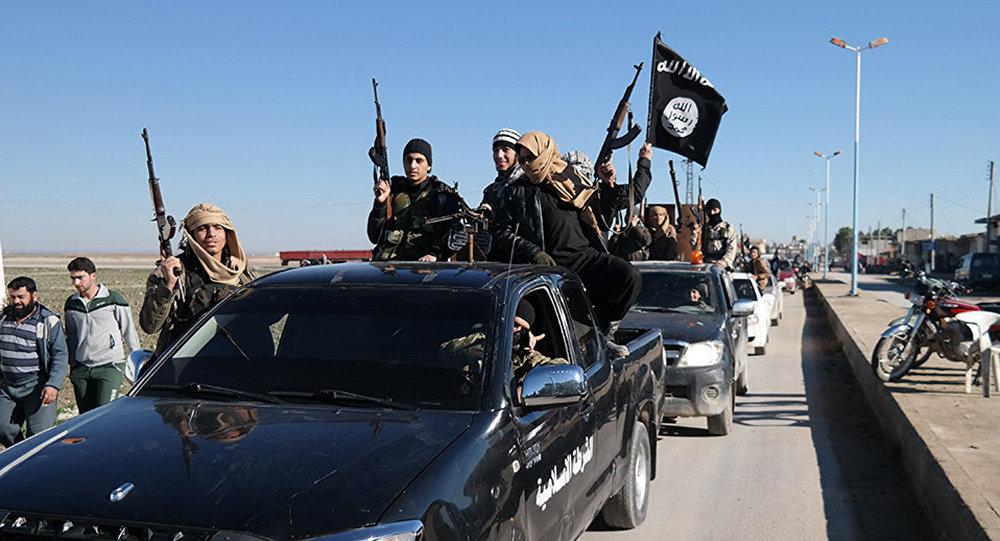 Đại chiến Syria : Khủng bố chuẩn bị đánh lớn đã bị Nga phát hiện - Hình 1