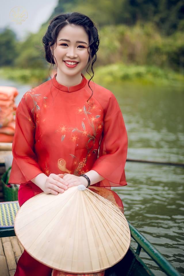 Dàn hot girl Học viện Ngoại giao toàn Hoa khôi, MC nổi tiếng - Hình 13