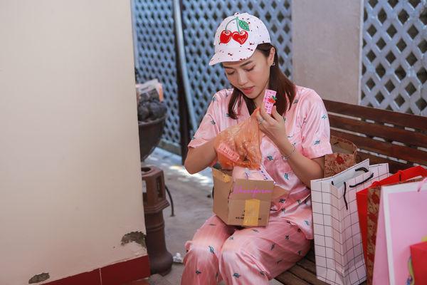 Đang ngủ, Diệu Nhi bị fan đột kích tổ chức sinh nhật - Hình 12