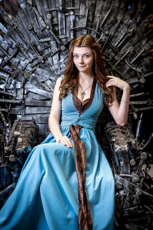 Đây là những nữ nhân xinh đẹp trong series phim nổi tiếng Game Of Thrones! - Hình 11