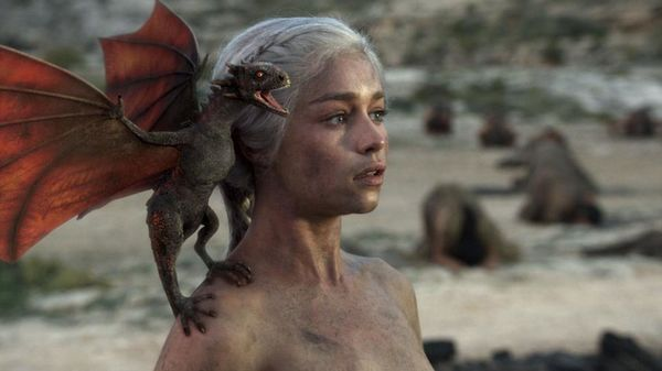 Đây là những nữ nhân xinh đẹp trong series phim nổi tiếng Game Of Thrones! - Hình 2