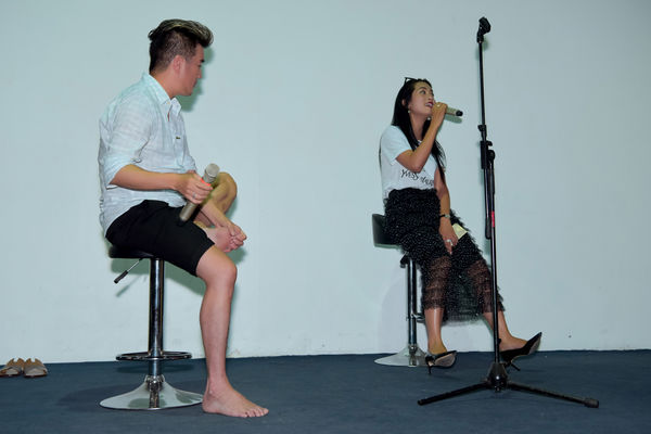 Hết tình tứ với Quang Linh, Mr. Đàm còn có 1001 pha thả dáng nhắng nhít trong buổi tập nhạc - Hình 20