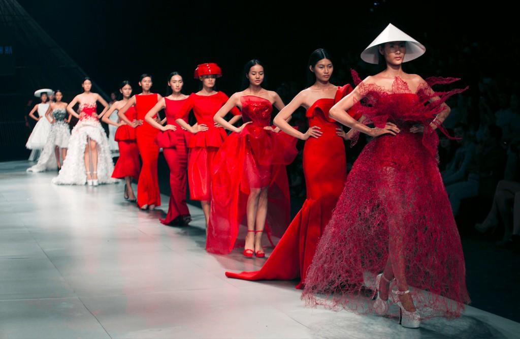 Hoàng Thùy: Cái kết sau 8 năm ở showbiz từ danh hiệu Quán quân Vietnams Next Top Model - Hình 7