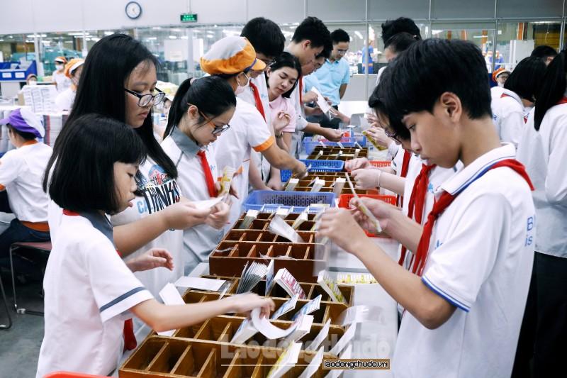 Học sinh Ban Mai trải nghiệm thực tế tại Nhà máy Kokuyo, Hải Phòng - Hình 3