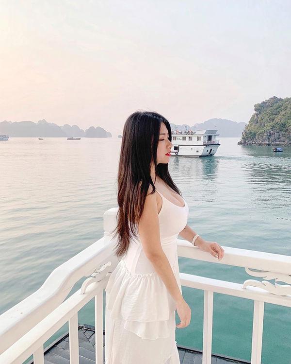 Hotgirl vòng 1 khủng của Malaysia vướng nghi án PTTM để có vẻ ngoài gợi cảm như hiện tại - Hình 7
