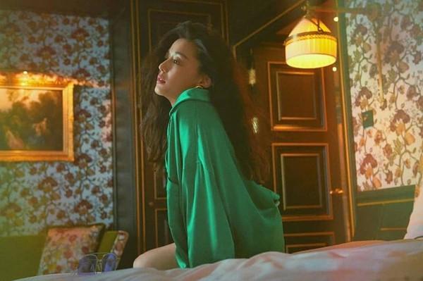 Mợ chảnh Jeon Ji Hyun đẹp từ thần thái cho đến sắc vóc trong loạt hình ảnh mới - Hình 8