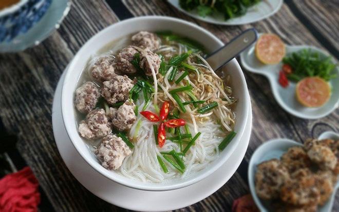 Mỗi miền tổ quốc Việt Nam đều có một vài món bún nức tiếng, dành cả thanh xuân chắc cũng chưa ăn được hết - Hình 6