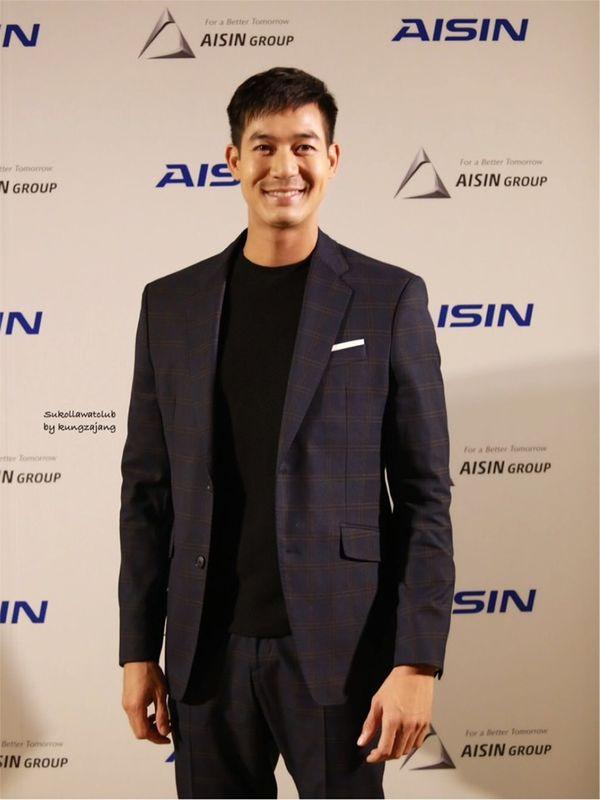 Năm 2019, nam thần Weir Sukollawat trở lại áp đảo màn ảnh Thái Lan với 4 phim truyền hình và 1 phim điện ảnh - Hình 9